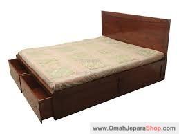 Tempat Tidur Jati Laci Depan Minimalis