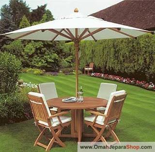 Set Kursi Taman Kayu Jati dengan Payung