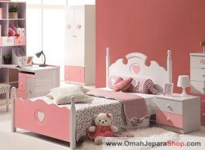 Tempat Tidur Anak Perempuan Minimalis