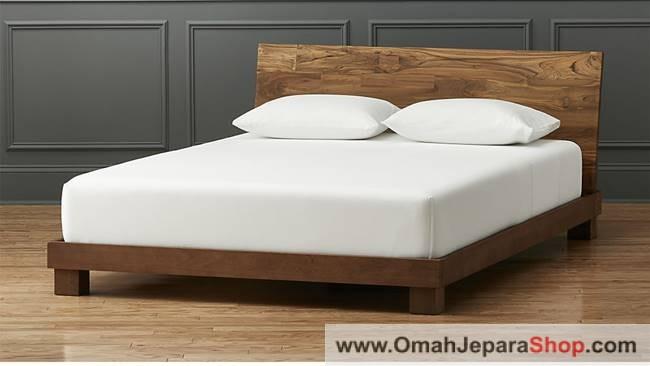 Tempat Tidur Kayu Jati SImple