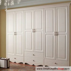 Lemari Pakaian Klasik Duco 6 Pintu