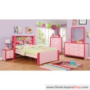 Set Kamar Tidur Anak Manis