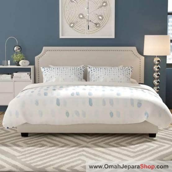 Tempat Tidur Greeiz Modern
