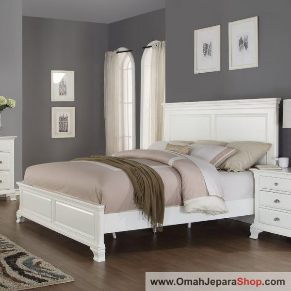 Tempat Tidur Simple White